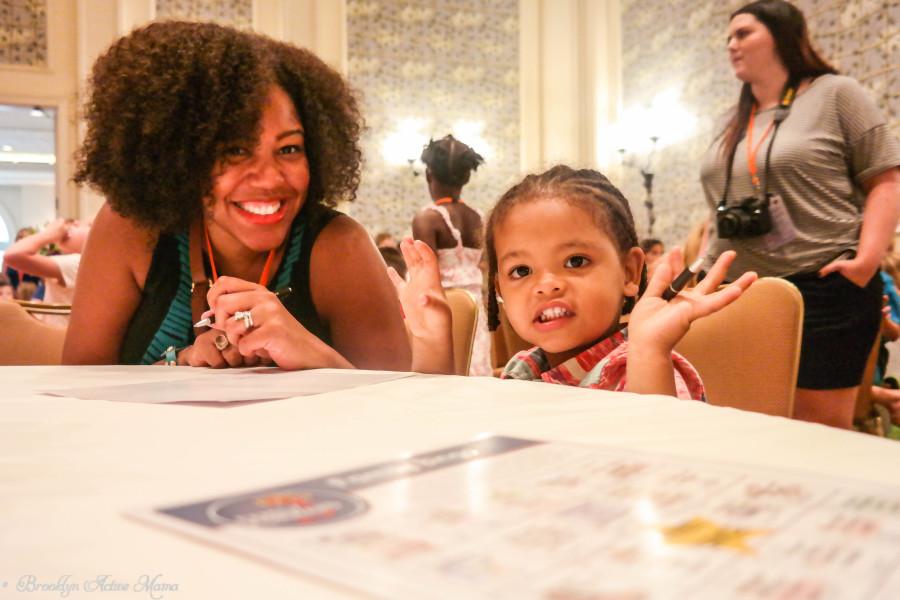 Family-Forward-Universal-Orlando-Mom-It-Forward-2014-Events