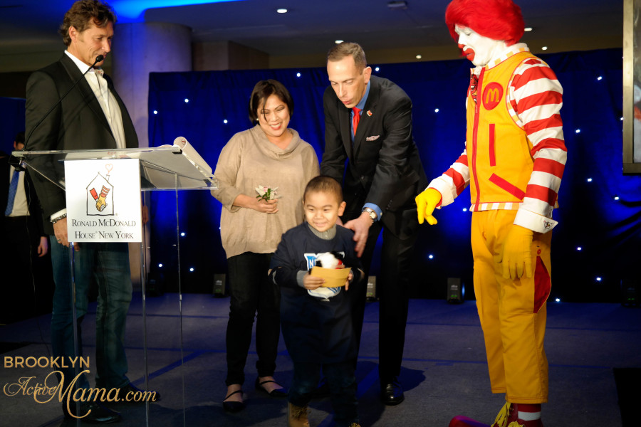 Ronald McDonald House Skate With Greats-4026