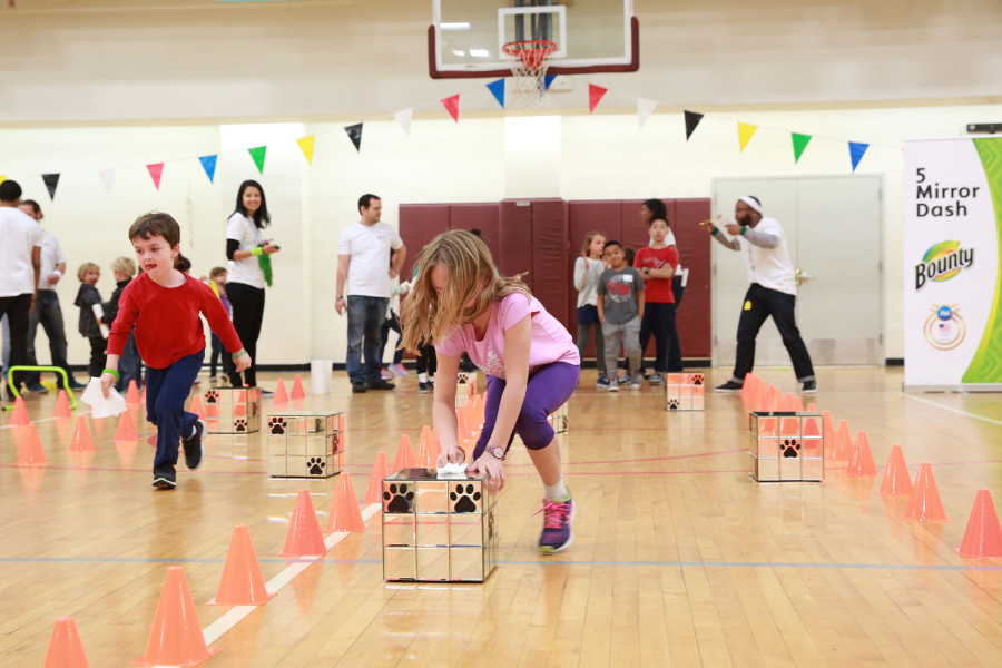 Attendees of the Bounty 2016 Quicker Picker Upper Games event raced against the clock to clean up messes and spills in record time with the help of Bounty on Thursday April 28, 2016 in New York. (Photo by Amy Sussman/AP Images for Bounty)