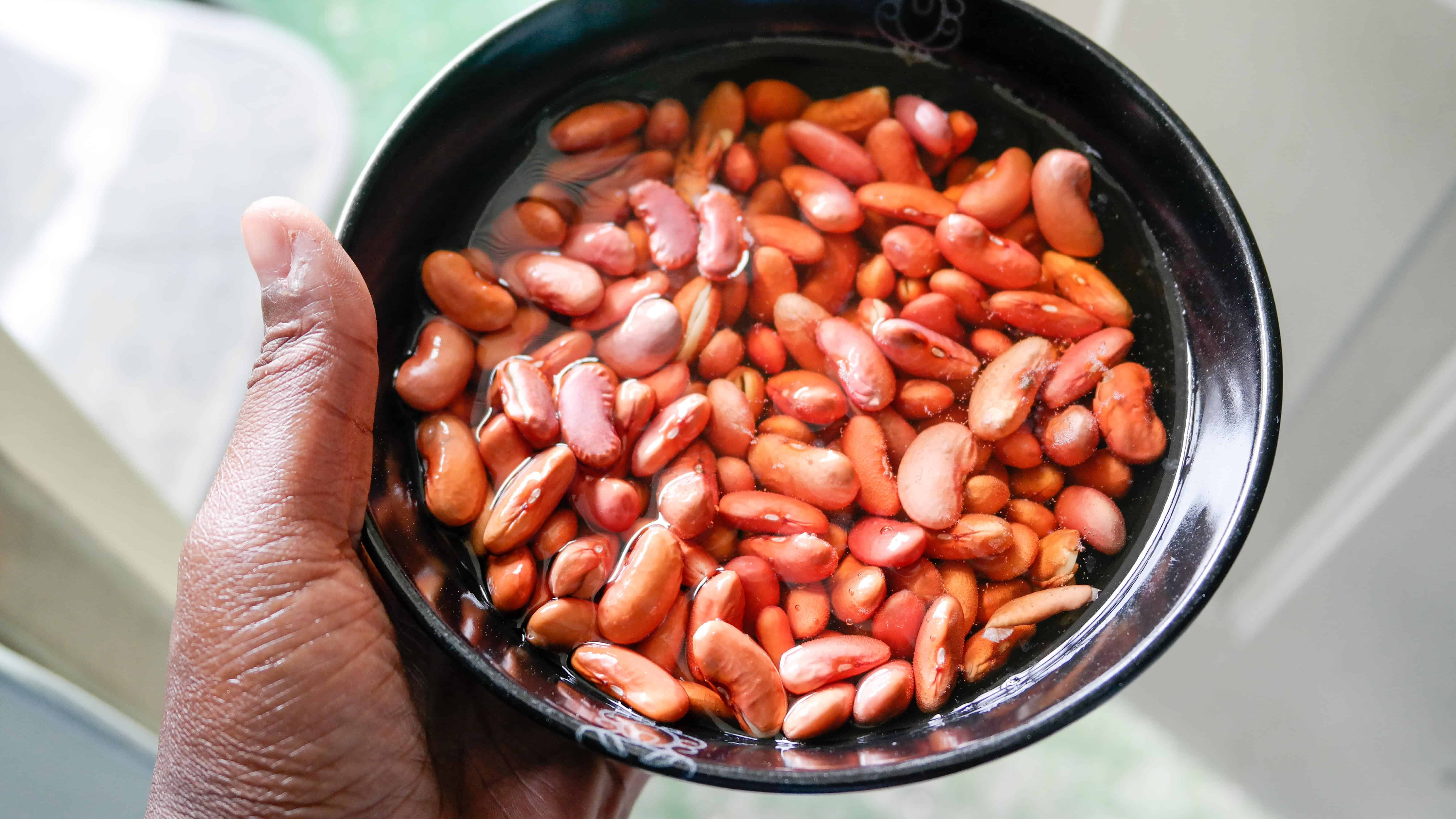 red beans for rice and peas after they have soaked for 6 hours