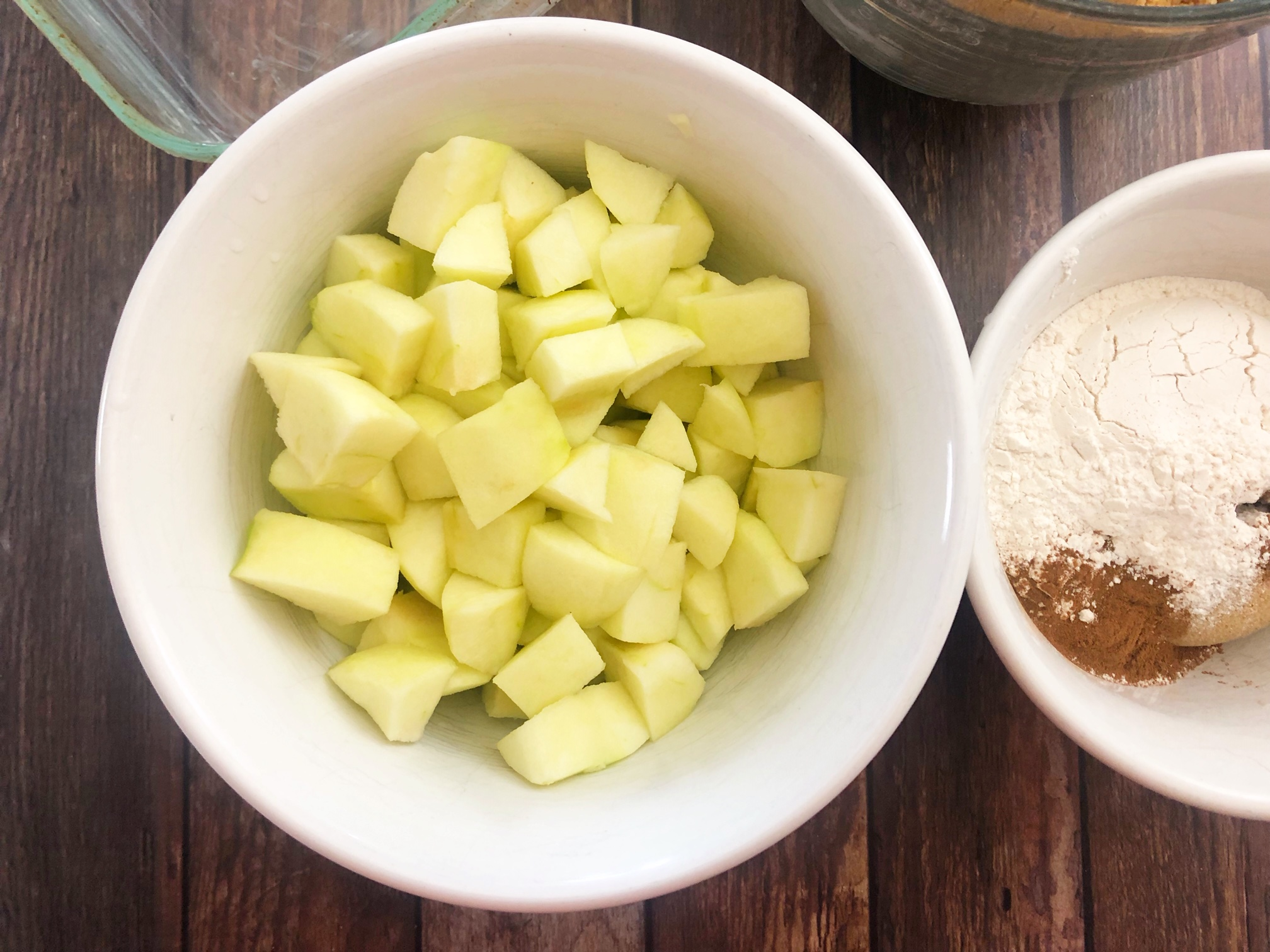 This super yummy old fashioned apple crisp recipe is a classic! All you need are some apples and some basic staples in your pantry!
