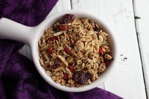 Check out this amazingly tasty Cinnamon Vanilla Granola Recipe! Perfect for any parfait, or easy healthy snack for the kids!