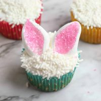 Cute & Easy Easter Bunny Ear Cupcakes