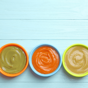 If you're nearing that solid food stage with your baby and wondering what the benefits of homemade baby food are, then you've come to the right place. Today I'll be sharing the top benefits of making your own baby food to feed your little one when the time comes to try solids with this little child of yours.