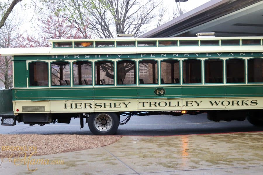I had no idea how easy it was to get to Hershey PA without a car until I tried it! Here's how to easily travel to Hershey Park from NYC without a car!