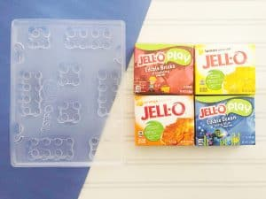 Sometimes it can be hard to figure out how keep kids busy on rainy days, Click here for some tips to keep kids busy plus an awesome recipe for jello legos!