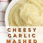 This crockpot mashed potatoes with cheddar recipe takes requires no boiling. It's perfectly delicious for thanksgiving or your next dinner party! #thanksgivingsides #thanksgivingrecipes