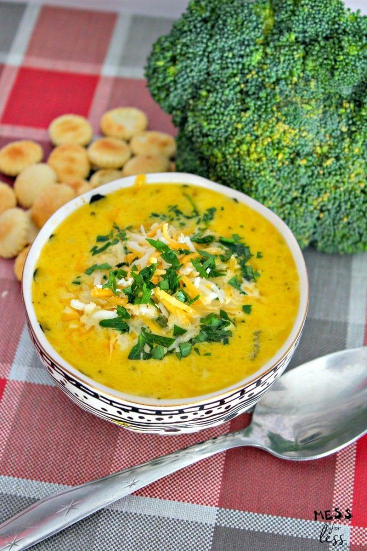 Instant Pot Broccoli Cheddar Soup
