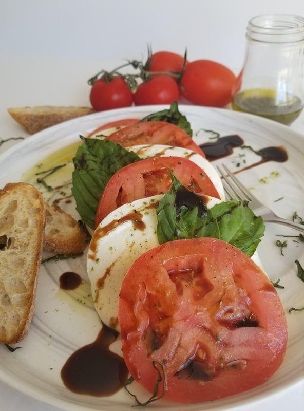 Simple Mozzarella Caprese Salad Recipe