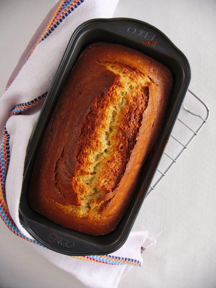 Easy 5 Ingredient Banana Bread Recipe