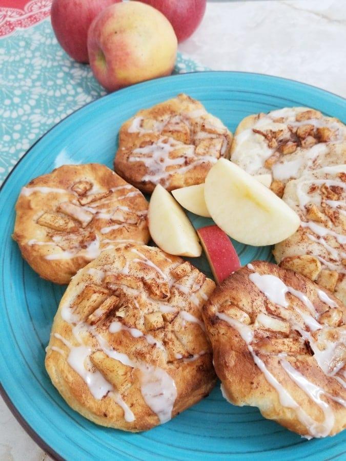 Scrumptious Air Fryer Apple Fritters Recipe