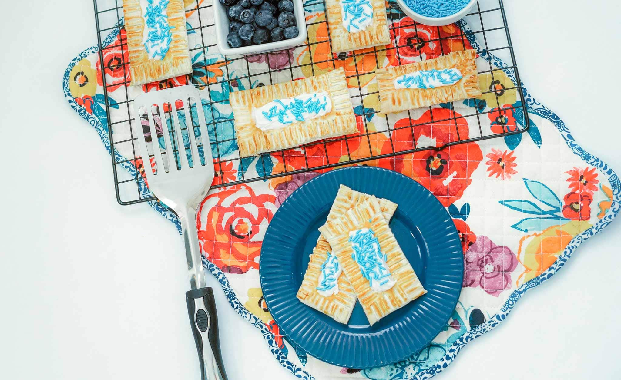 Air-Fryer-Blueberry-Pop-tarts