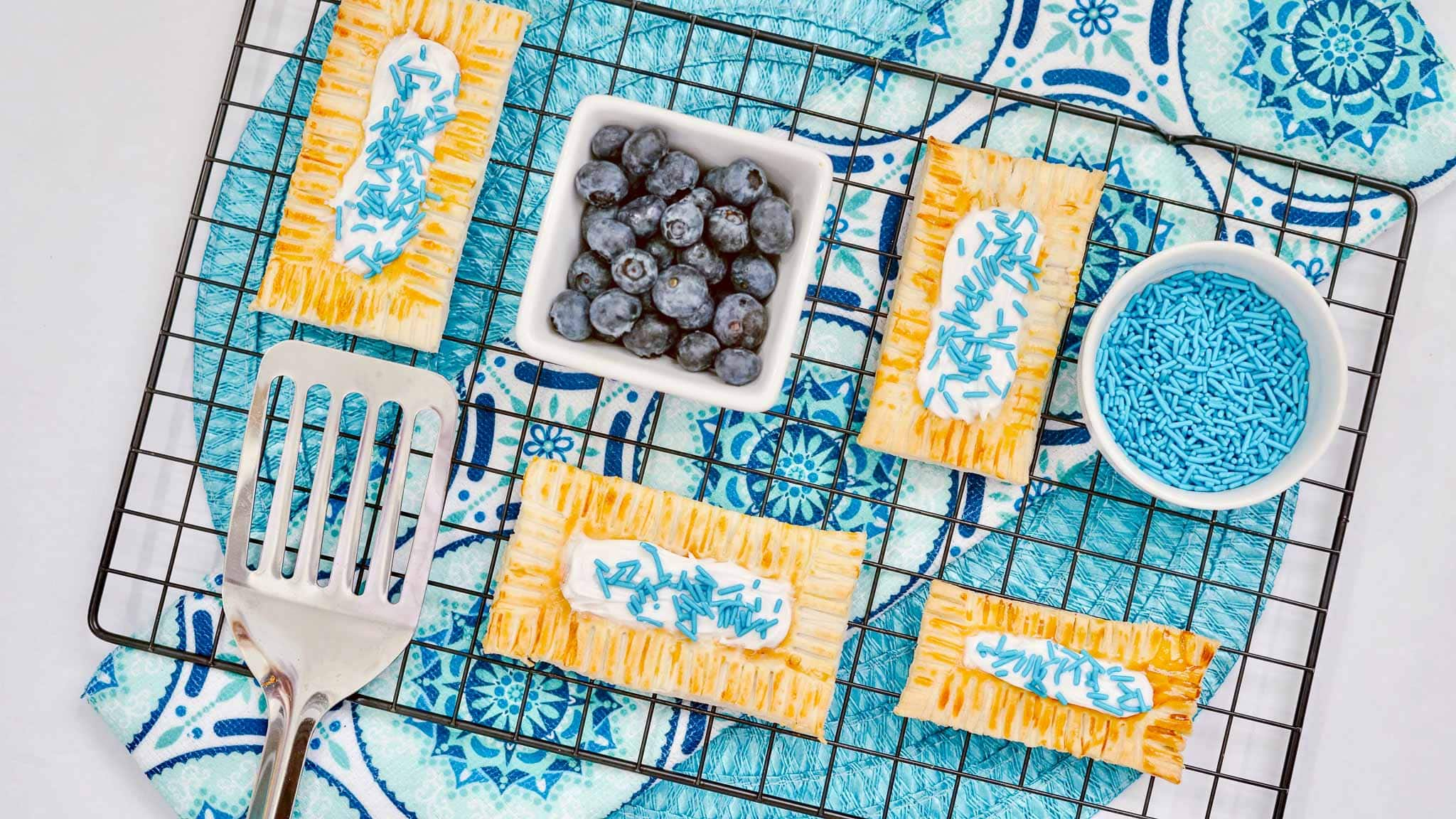 Air-Fryer-Blueberry-Poptarts