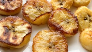 Air Fryer and Traditional Fried Plantain