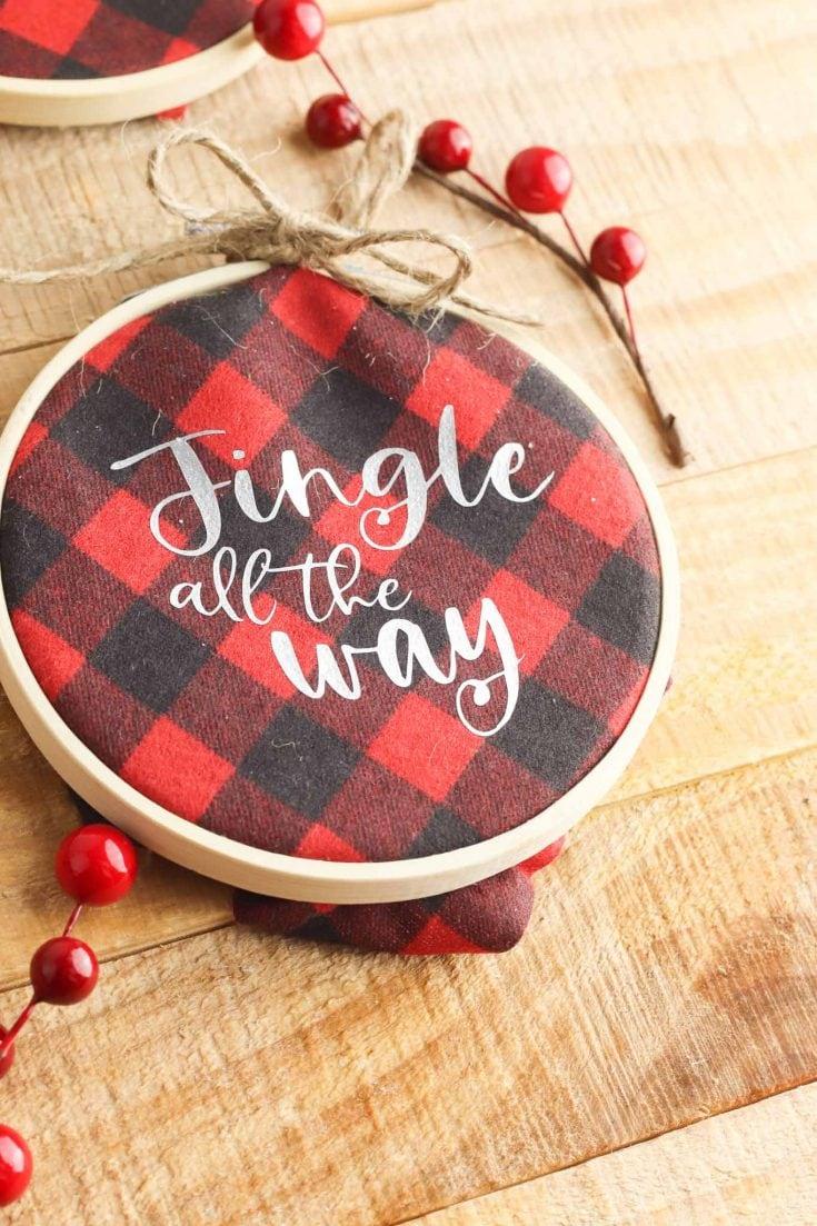 Embroidery Hoop Christmas Ornament - Cricut Tutorial