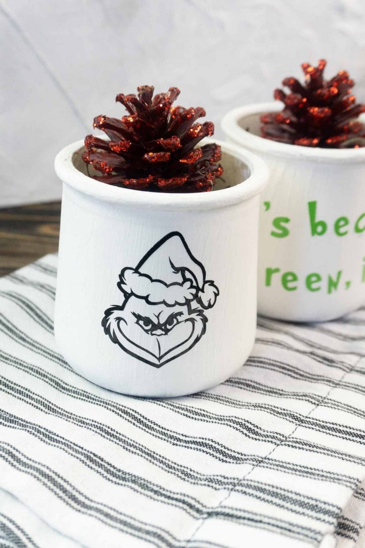Grinch Cricut Craft For The Holidays