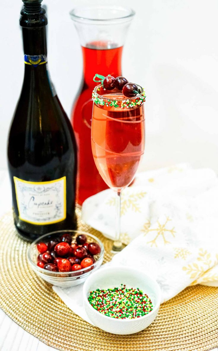 Easy Christmas Cranberry Mimosa Holiday Drink