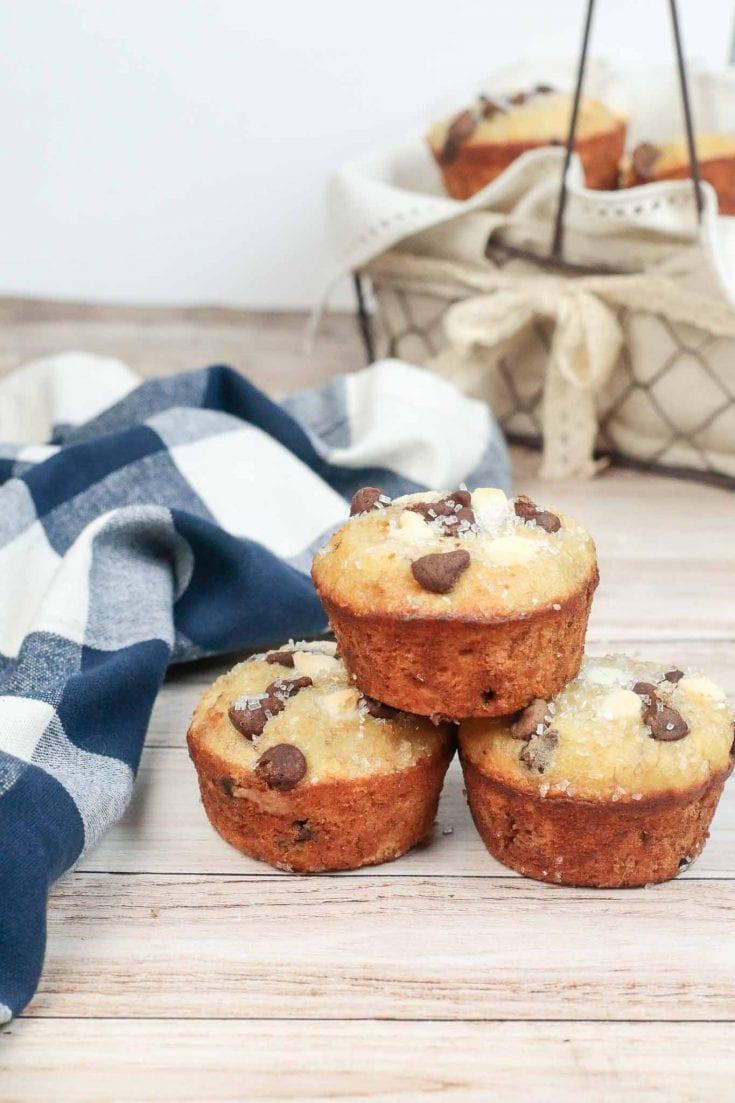 Copycat Chrissy Tiegen Banana Bread Muffins
