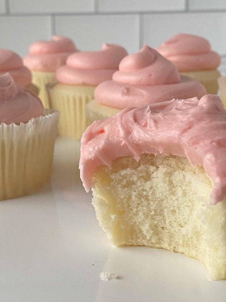 Magnolia Bakery Copycat Carrie Bradshaw Cupcakes