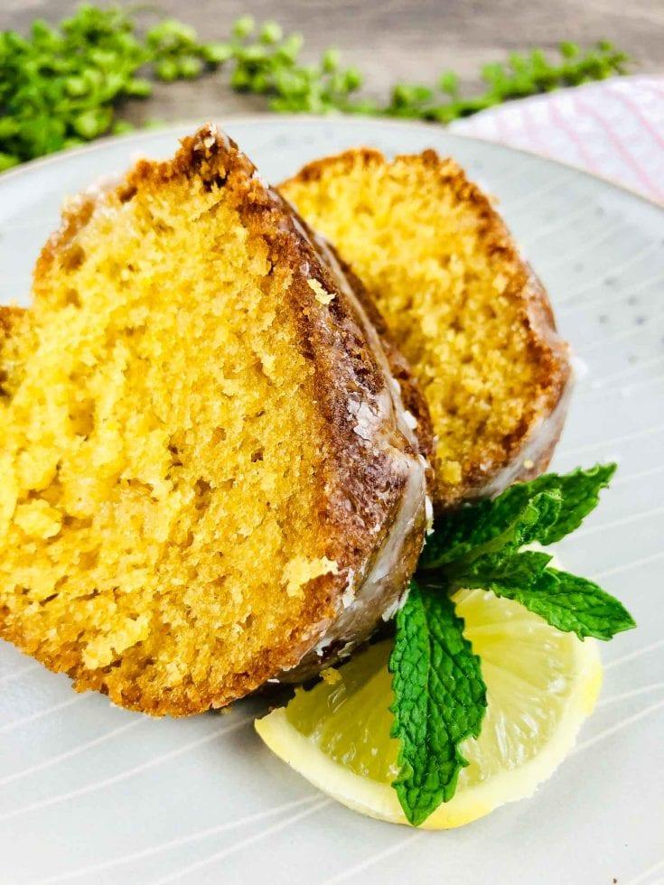 Easy Lemon 7UP Bundt Cake