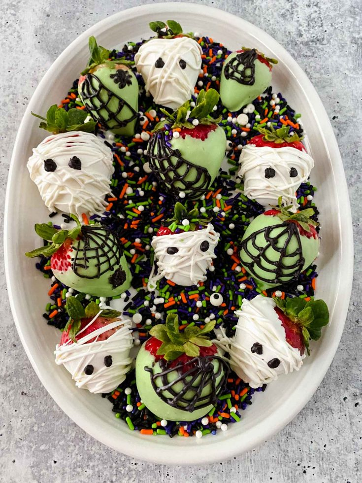 Easy Candy Halloween Themed Strawberries